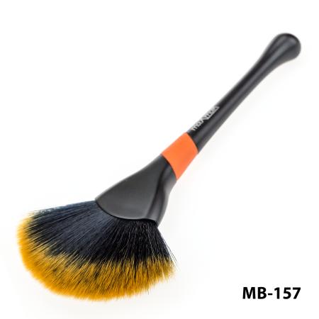 Кисть для растушевки и сглаживания цветовых переходов maXmaR MB-157 фото