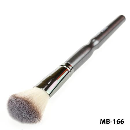 Кисть для тональной основы, пудры, румян, бронзаторов maXmaR MB-166