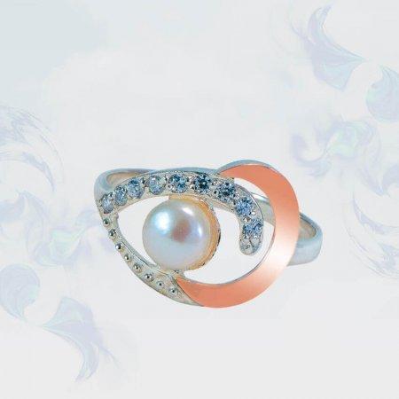 Кольцо из серебра с золотыми вставками, модель 147
