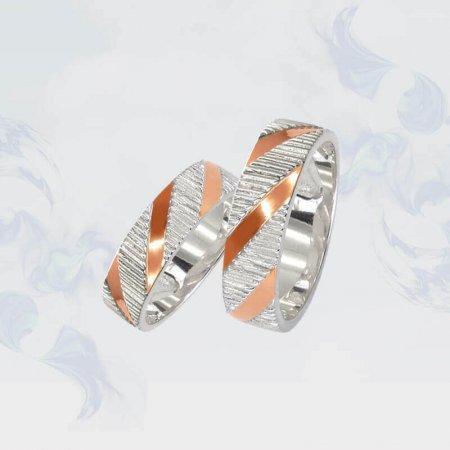 Обручальные кольца из серебра с золотыми вставками, модель 121